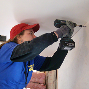 Le Moyne Helps Habitat for Humanity
